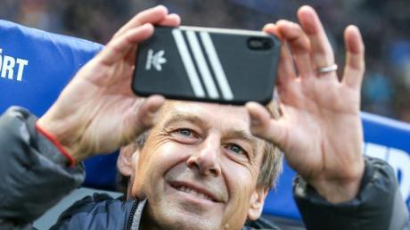 Jürgen Klinsmann nahm bei seinem Debüt im Berliner Olympiastadion einen Film auf.