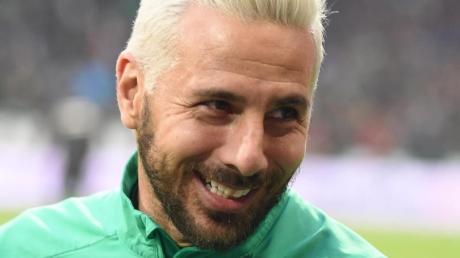 Werders Claudio Pizarro hat im Alter von 41 Jahren einen weiteren Bundesliga-Rekord aufgestellt.