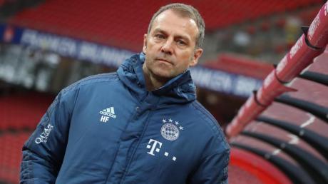 FC Bayern-Trainer Hansi Flick ist mit dem aktuellen Kader nicht zufrieden.
