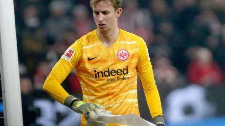 Frankfurts Torhüter Frederik Rönnow hatte sich im Dezember einen Sehneneinriss am rechten Oberschenkel zugezogen.