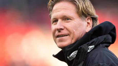 Gibt nichts auf den Hype um Erling Haaland: Kölns Trainer Markus Gisdol.