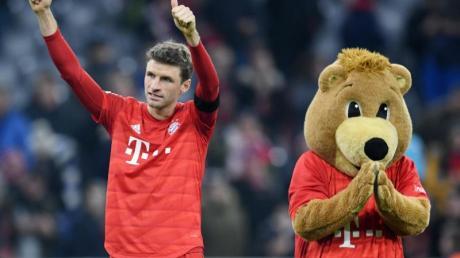 Bayern-Star Thomas Müller erzielte sein 100. Pflichtspieltor in der Münchner Allianz Arena.