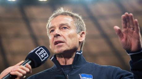 Verteidigt die zwei freien Tage für die Hertha-Spieler nach zwei Niederlagen: Trainer Jürgen Klinsmann.
