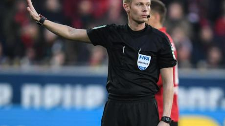 Würde gerne nochmal in Indien Fußballspiele leite: Schiedsrichter Christian Dingert.