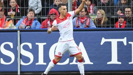 Erik Thommy führte Düsseldorf zum Auswärtssieg.