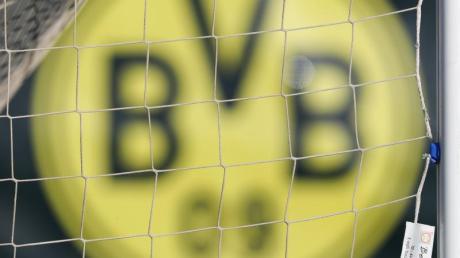 Borussia Dortmund hat mit Jude Bellingham das nächste Fußball-Talent verpflichtet.