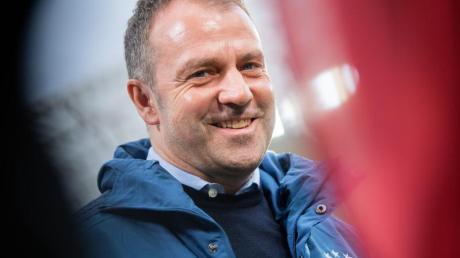 Bayern-Coach Hansi Flick soll auch Anfragen aus England haben.