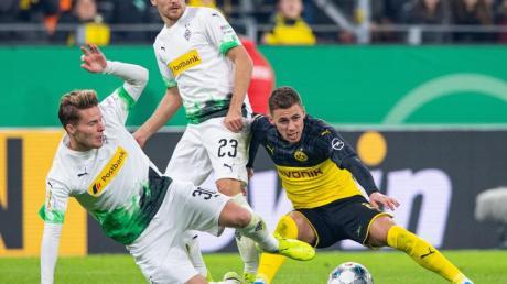 Borussia Mönchengladbach und Borussia Dortmund stehen sich im Topspiel des 25. Spieltages am Samstagabend gegenüber.