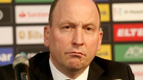 Mönchengladbachs Geschäftsführer Stephan Schippers warnt vor dem Verdienstausfall bei Geisterspielen.