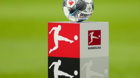 Bei einer Mitgliederversammlung in Frankfurt wollen die DFL-Clubs entscheiden, wie es in der Coronavirus-Krise weitergeht.