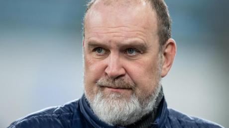 VfL-Manager Jörg Schmadtke geht davon aus, dass die derzeitige Corona-Pandemie für «so manchen Verein existenzbedrohend» sein kann.