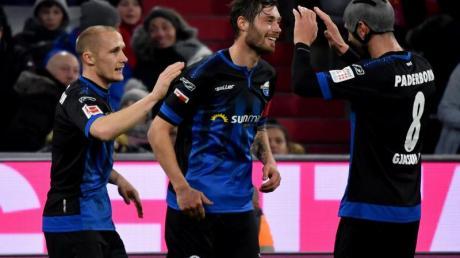 Christian Strohdiek (M) ist der Kapitän des SC Paderborn.