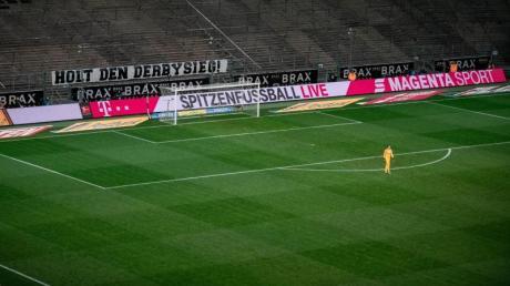Das Bundesligaspiel von Borussia Mönchengladbach gegen den 1. FC Köln wurde ohne Zuschauer ausgetragen.