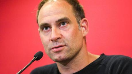 Sieht die Notwendigkeit von Spielen ohne Zuschauer: Oliver Mintzlaff, Vorstandschef RB Leipzig.