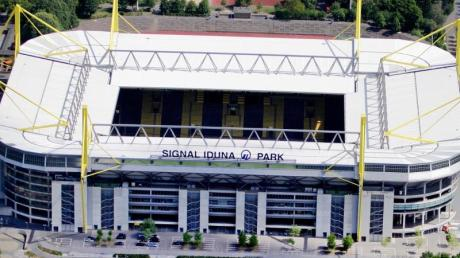 Der Signal-Iduna-Park in Dortmund wird zum Behandlungszentrum gegen das Coronavirus.