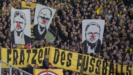 Vor einigen Wochen hatte es in vielen Stadien massive Fan-Proteste gegeben.