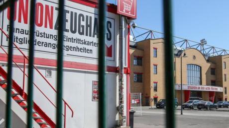 Das Zeughaus vom 1. FC Union Berlin hat geschlossen. Union Berlin startet das Training unter Ausschluss der Öffentlichkeit.