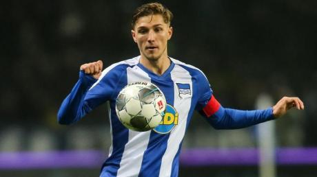 Muss zuhaus bleiben, weil er Kontakt zu einem Corona-Infizierten hatte: Niklas Stark von Hertha BSC.