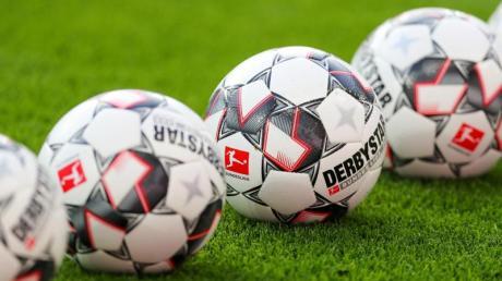 In Baden-Württemberg dürfen Profi-Fußballer das Training in Kleingruppen wieder aufnehmen.