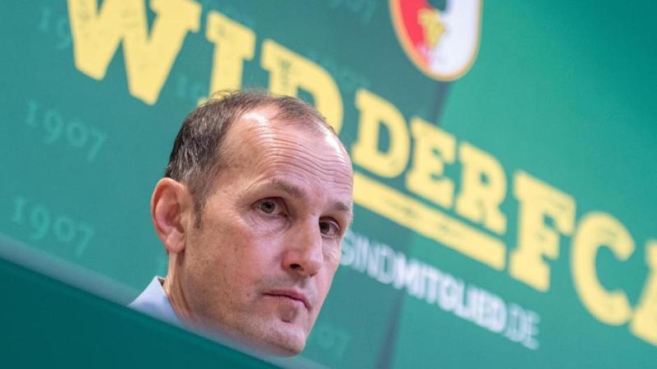 Neu beim FC Augsburg auf der Trainerbank: Heiko Herrlich.