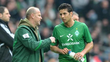 Arbeiteten bei Werder Bremen zusammen: Trainer Thomas Schaaf (l)und Claudio Pizarro.