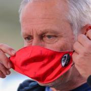 Freiburgs Trainer Christian Streich vermisst in der Corona-Krise die Fans.