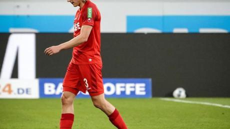 Der Kölner Sebastiaan Bornauw wurde für zwei Spiele gesperrt.