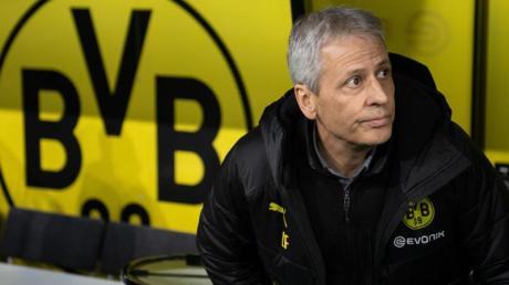 Um die Zukunft von Dortmunds Trainer Lucien Favre gibt es erneut Diskussionen.