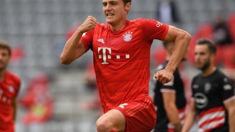 Bayern-Außenverteidiger Benjamin Pavard traf gegen Düsseldorf doppelt.