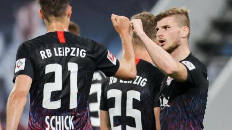 RB Leipzig zieht bei einem Sieg im Heimspiel gegen Borussia Dortmund in die Champions League ein.