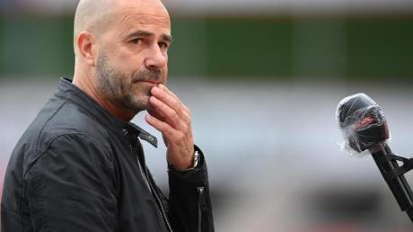 Bayer-Trainer Peter Bosz will mit den Leverkusenern noch in die Champions League.