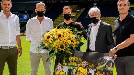 Wurde beim BVB verabschiedet: Mario Götze (M).