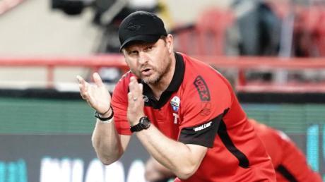 Steffen Baumgart bleibt Trainer des SC Paderborn.