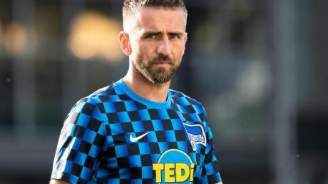 Steht bei Hertha BSC vor einer ungewissen Zukunft: Kapitän Vedad Ibisevic.