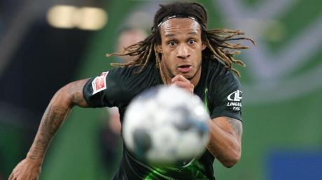 War Ende Juli kurz vor dem Trainingsauftakt des VfL Wolfsburg positiv auf das Coronavirus getestet worden: Kevin Mbabu.