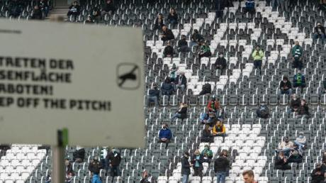 Lediglich 300 Gladbach-Fans dürfen das Spiel gegen Wolfsburg im Stadion verfolgen.