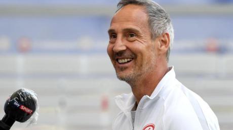 Will mit der Eintracht den glänzenden Saisonstart in Köln fortseten: Frankfurts Trainer Adi Hütter.