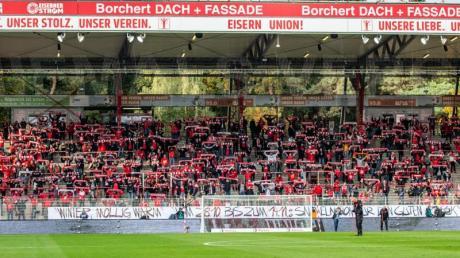 4500 Union-Fans durften in das Stadion An der Alten Försterei.