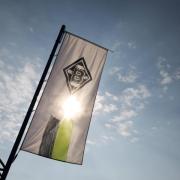 Die Bundesligaspiele von Borussia Mönchengladbach sind live im TV und Stream zu sehen. Wir sagen Ihnen, wie die Übertragung in der Saison 20/21 abläuft.