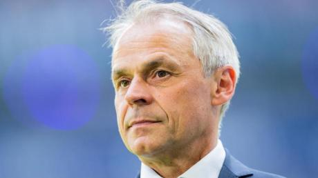Olaf Thon kann sich Mike Büskens länger beim FCSchalke 04 vorstellen.
