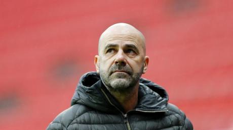 Sah fünf Tore seines Teams gegen Stuttgart: Leverkusen-Coach Peter Bosz.