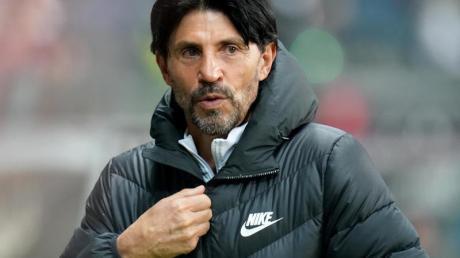 Bruno Hübner und Eintracht Frankfurt gehen am Saisonende getrennte Wege.