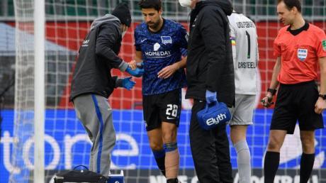 Droht länger auszufallen: Hertha-Profi Sami Khedira.