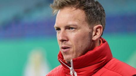RB Leipzigs Trainer Julian Nagelsmann sieht die Länderspielabstellungen seiner Nationalspieler als rein politisches Thema.