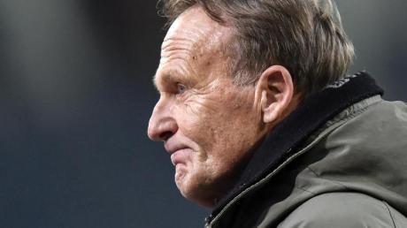 Hans-Joachim Watzkeist der Geschäftsführer von Borussia Dortmund.