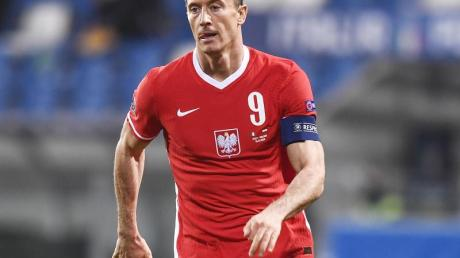 Soll nun doch für Polen gegen England spielen:Bayern-Torjäger Robert Lewandowski.