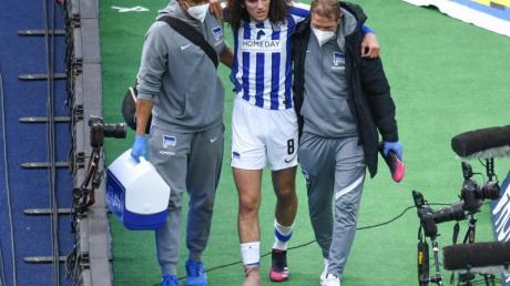 Hertha-Mittelfeldspieler Matteo Guendouzi (M.) brach sich den Mittelfuß.