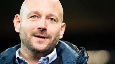 Hoffenheims Sportchef Alexander Rosen hält sich zur weiteren personellen Planung bedeckt.