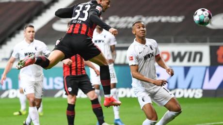 André Silva vermeidet ein klares Bekenntnis zu Champions-League-Anwärter Eintracht Frankfurt.