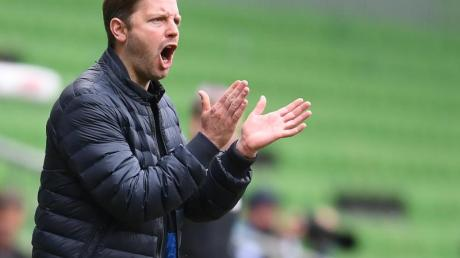 Coach Florian Kohfeldt kämpft mit Werder Bremen gegen den Abstieg.